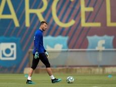 Arsenal veut enrôler Neto. AFP