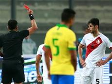 Zambrano, indignado con el arbitraje. AFP