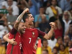 Crouch conhecia Quaresma, mas não Ronaldo. AFP
