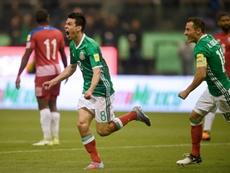 Lozano empatou a partida, abrindo caminha à virada. AFP