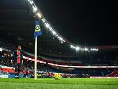 La Ligue 1 y la Champions, sin público tras el toque de queda en Francia. AFP