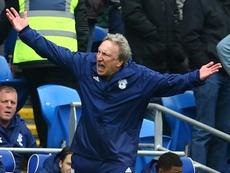 Warnock seguirá en el Cardiff City. AFP