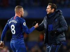 Lampard ferme la porte de Stamford Bridge à Barkley. AFP