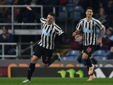 Ciaran Clark podrían dejar el Newcastle. AFP
