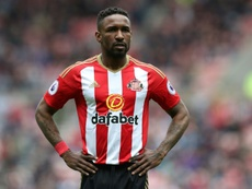 Defoe pourrait prolonger sa carrière en Angleterre. AFP