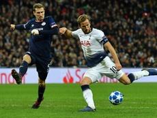 Kane volvió a ser el héroe del Tottenham. AFP