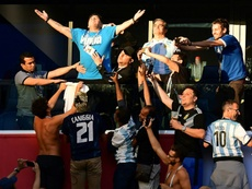 Maradona lo dio todo en la victoria ante Nigeria. AFP