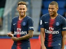 El PSG no descarta ahora la 'fórmula Mbappé' con Neymar. AFP