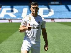 Jovic habló sobre sus primeros días en el Real Madrid. AFP