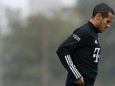 La salida parecía inminente, pero Thiago sigue siendo uno más en el Bayern. AFP