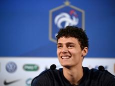 Pavard quiere ver a Lucas en el Bayern. AFP