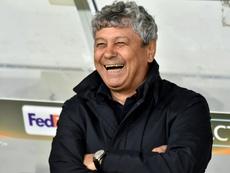 El presidente del Dinamo de Kiev aseguró que Lucescu seguirá. AFP