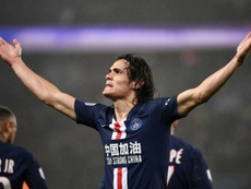 Benfica would be interested in signing Cavani. AFP