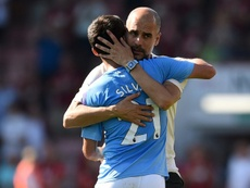 Guardiola volvió a alabar a David Silva. AFP
