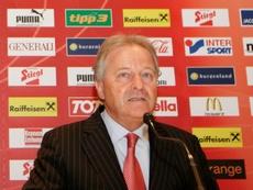 Leo Windtner enumeró las virtudes de la ÖFB. AFP