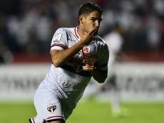 Pato deja Sao Paulo y sueña con volver a Italia. AFP