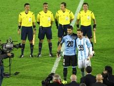 Uruguay y Argentina quieren organizar, junto a Paraguay y Chile, el Mundial 2030. AFP/Archivo