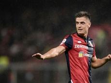 Krzysztof Piatek es el futbolista del momento. AFP/Archivo
