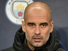 Guardiola 'pasa' de la Premier: 'Sería un poco loco pensar en el título'. AFP