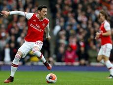 Özil no jugará hasta febrero al menos. AFP