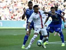 L'Argentin Mauro Icardi (g) et le Brésilien Neymar à l'entraînement à Saint-Germain-en-Laye, le 17 septembre 2019, avant le match du PSG contre le Real en C1