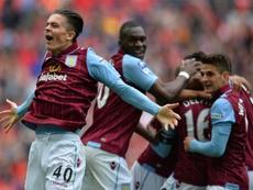 El Aston Villa ha dado el primer golpe, pero a costa de encajar en casa. AFP/Archivo