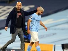 Guardiola lo confirmó: otra lesión de Agüero. AFP