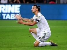 Ibra chegaria ao Milan com contrato de seis meses. AFP