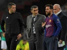 Valverde asombró con la alineación en el Ciutat de València. AFP