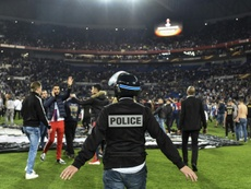 Partido muy accidentado en Lyon. AFP