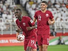 Emiratos Árabes denunció la alineación de Almoez Ali y Bassam Al Rawi. AFP