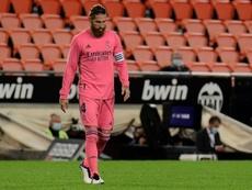 'Onda Cero': Sergio Ramos, más fuera que dentro del Madrid. AFP