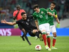 Herrera está a ser alvo de várias críticas pelos adeptos do México. AFP