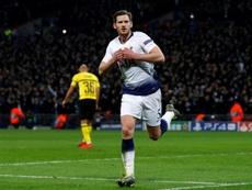 Jan Vertonghen não tem sua sequência no Tottenham garantida. AFP