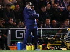 Pochettino, solo ante el peligro en el Tottenham. AFP