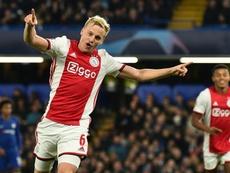Van de Beek a fait ses débuts avec Manchester United. AFP