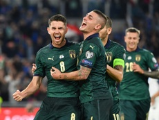 Jorginho y Bernardeschi llevan a Italia a la Euro 2020. AFP