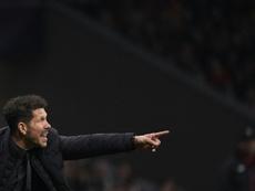 El Atlético busca en el mercado. AFP