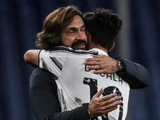 Pirlo espera que Dybala siga mucho tiempo más en la Juventus. AFP