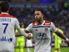 El Olympique de Lyon ganó al Angers. AFP