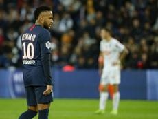 Leonardo volta ao PSG... para controlar Neymar! AFP