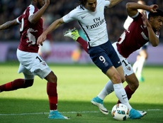 Heroic Matuidi sinks Metz as PSG catch Monaco
