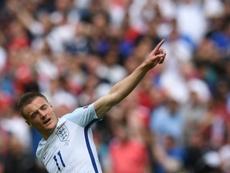 Vardy está que se sale y en Inglaterra piden que vuelva a jugar para los 'Three Lions'. AFP