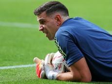 Emiliano Martínez stopped a penalty against Sheff Utd. AFP