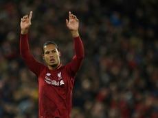 Virgil van Dijk não é tão difícil de enfrentar, segundo Richarlison. AFP