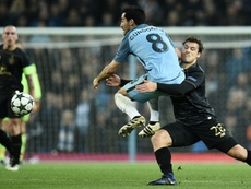 Ni Leicester ni Swansea pudieron fichar a Erik Sviatchenko. AFP