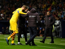 Lesão de Piqué preocupa o Barcelona. AFP