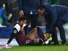 Neymar sofreu lesão na Champions League e será desfalque nas próximas semanas. AFP