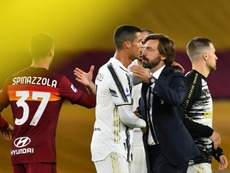 Pirlo s'agenouille devant CR7. AFP