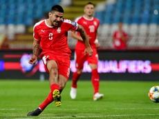 Mitrovic firmó dos goles en el triunfo de Serbia. AFP
